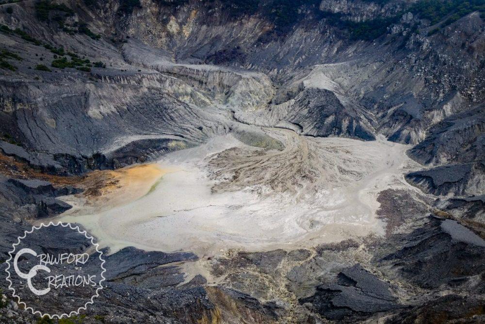 tangkuban-parahu-volcano