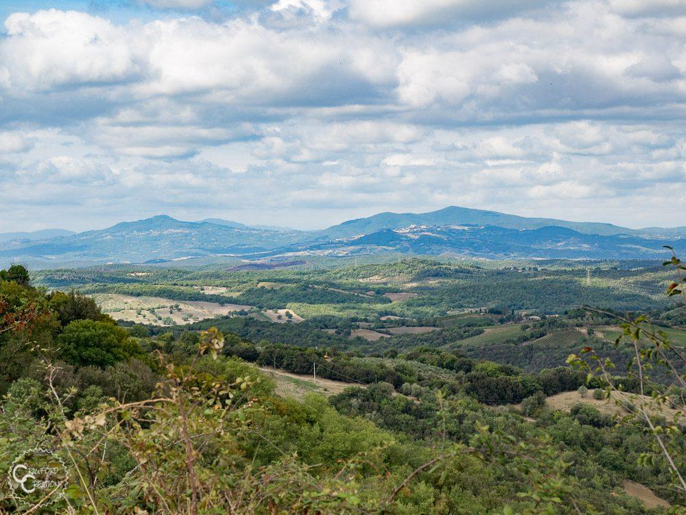 tuscany-mountains