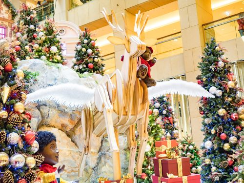 Hong Kong Christmas Walking Tour: In Search of Christmas Spirit