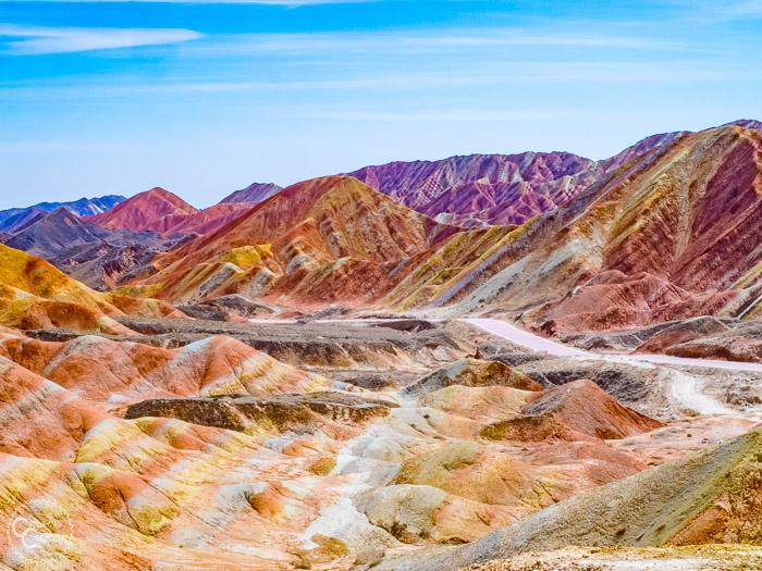 rainbow-mountains-china
