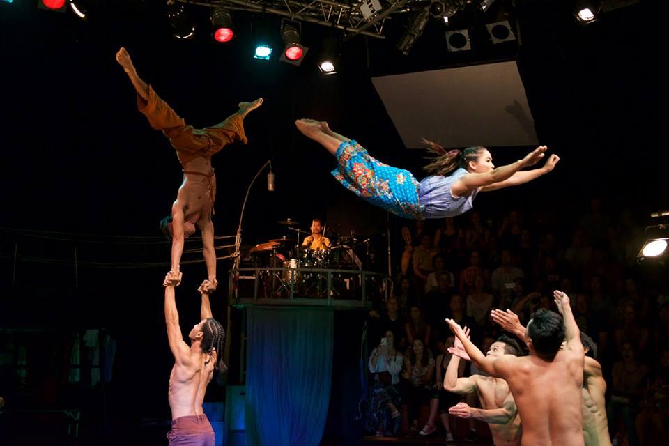 phare-circus