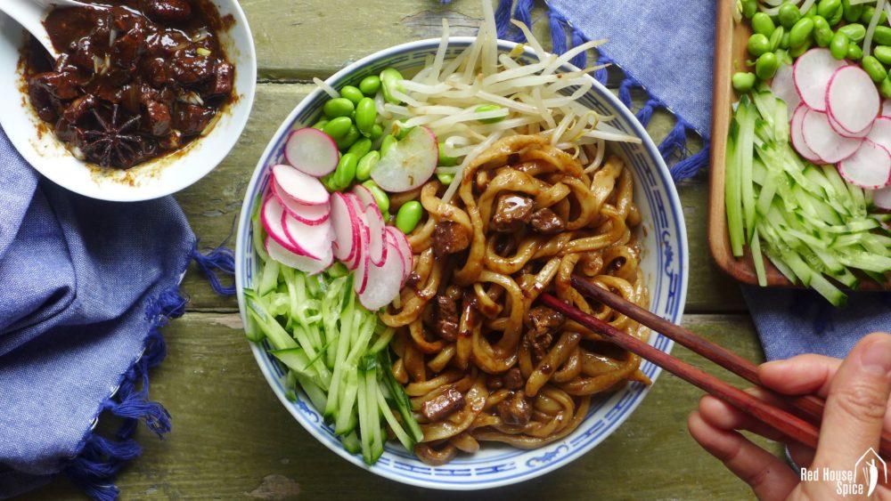 beijing-food-tour-zha-jiang-mian