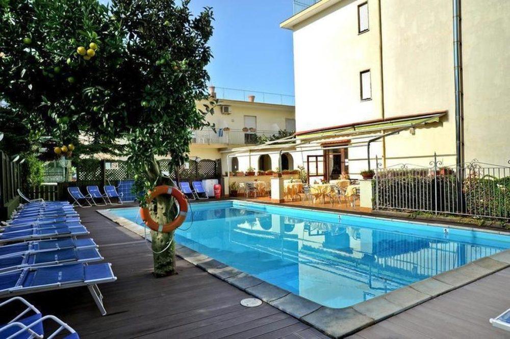 amalfi-hostel