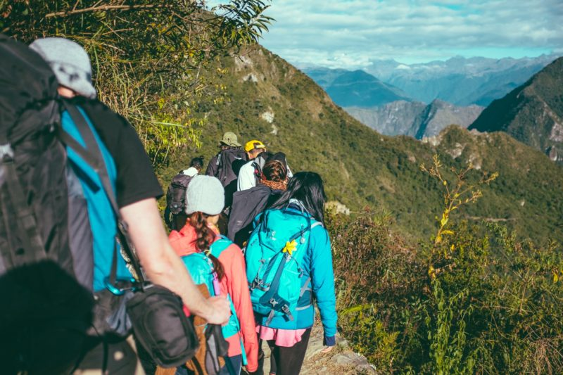 trekking-guide-abroad