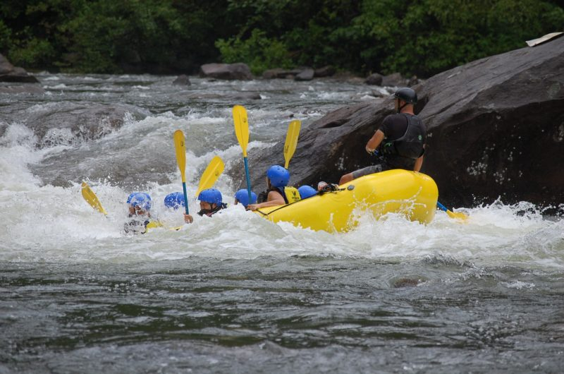 rafting-guide-abroad