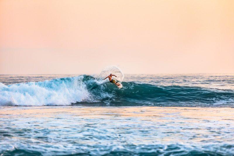 surf-instructor